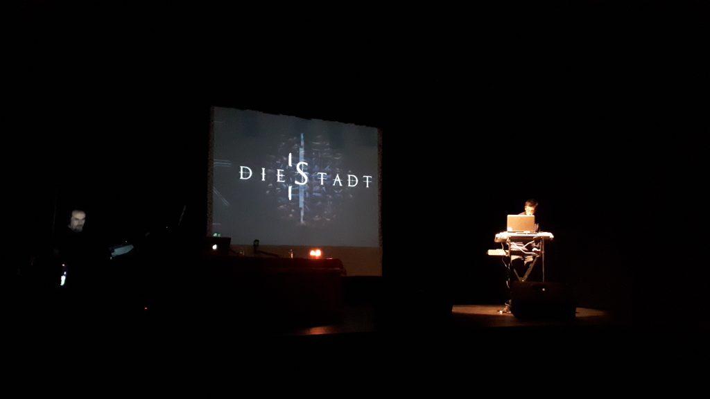 Un momento del concierto de Die Stadt